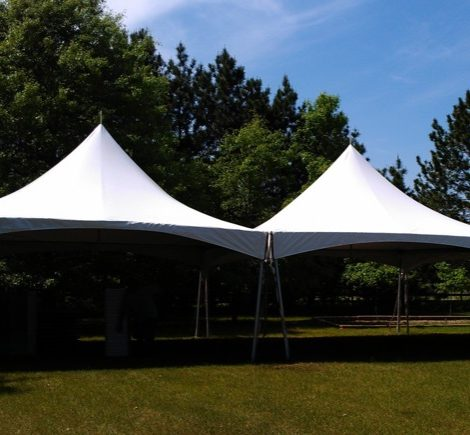 tent-rental-chicago-backyard-graduation